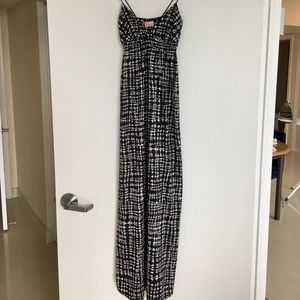 Maxi Dress with a black & white print